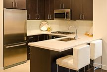 I love....Kitchens / by Rhonda Loje