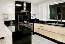 Cocina moderna mesón negro