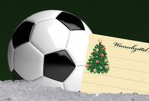 Der Wunschzettel-Elfer 2017 / In OWL schlagen viele Herzen für Fußball. Fans denken auch zu Weihnachten an ihren Verein. Mit ihrem Kommentar auf Facebook konnten Fans ihren Wunschzettel-Elfer verwandeln. Ihre Wünsche und einige von NW-Mitarbeitern für Vereine wie SC Paderborn, Arminia Bielefeld, Schalke 04, 1. FC Nürnberg, FC Köln haben wir hier eingestellt. Alle Infos zur einzigartigen Aktion unter www.nw.de/22004536