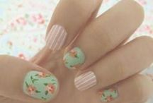 Nails / Nails you can D.I.Y.