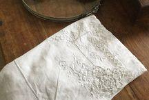 brocante : au fil du temps de Marie Laure / brocante en tout genre,dentelles mercerie ancienne, linge ancien, dentelles, vaisselle, cristal, argenterie...............