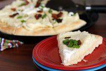 Pizza & Calzones / by Michelle Braun