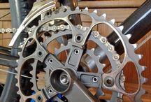 Pédalier | Crank gear / Des #pédaliers compacts, en aluminium... De la belle #mécanique