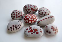 Crafts and DIY - Pebbles