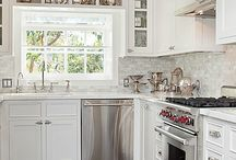 Bay Ave Kitchen / by Kim Wennerberg