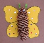 Pinecone crafts for kids / this page has a lot of pinecone crafts for kids