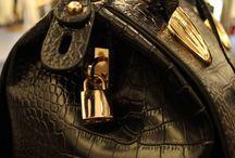Especial bolsos / Si buscas un bolso especial, seguro que lo encontrarás en nuestra tienda!