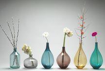 bottles/vases/jars
