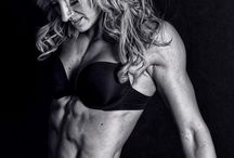 (Fitness) Photo Shoot Ideas! / by Carina Wiggans