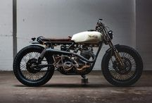 Two wheels / tribute to the motorcycle