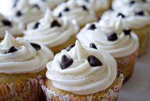 Cupcakes  / by Melanie White