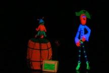 Puppetspace Inspiration! / Puppets, black light, show inspiration, props ideas