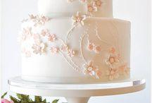 Wedding Cake I Whitte