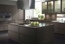 Contemporary kitchens / Contemporary Italian kitchen cabinets