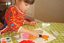 Children Art Activity / Arts and crafts idea to keep your children busy or entertained while exploring their creativity. Much better than sitting them in front of the computer or iPad all day.