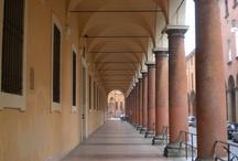 """Bologna / Foto, immagini e della città e della provincia di Bologna. Pubblica anche tu sulla nostra board """"Bologna"""" di Pinterest."""