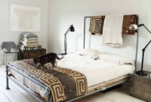 place to sleep / by Myrna Hauwert