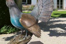Gartenskulpturen / Gestalten Sie Ihren Garten mit einer Gartenfigur aus Bronze. Entdecken Sie das vielfältige Angebot der Edition Strassacker an limitierten und unlimitierten Gartenskulpturen von höchster Qualität.