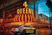 Porsche Panamera en Las Vegas / Esta es la historia de una noche de música y color en Las Vegas.