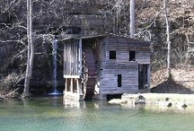 Places to Go in Southern Missouri / These are some of the places my wife and I have visited in Southern Missouri.  Many of the places we return to again and again.  Some are out of the way, some are heavily visited.  All are worth the trip.
