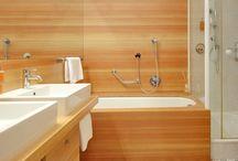 Zimmer & Suiten im Hotel Lindenhof / Schauen Sie sich um in den modernsten Zimmer und Suiten im DolceVita Hotel Lindenhof. Die Dreiviertel Gourmetpension, umfangreiche Aktiv- und Wellness Inklusiv-Leistungen und die DolceVita Arounds werden Sie überzeugen.