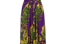 Maxi Dresses / by Diana