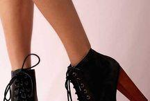 Bot oluklu ayakkabılar