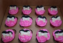 Cupcake Ideas / by Abbie Harcourt