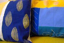 Capas de Almofadas / Capas de almofadas pintadas à mão e técnicas de estamparia manual