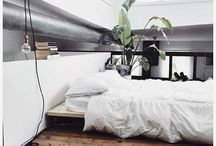 Scaffolding bed