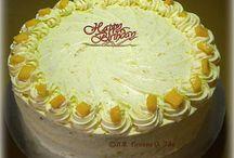 Mango and cream chiffon cake/ heart of mary