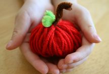 Apple Crafts / Creative things to make with apples and/or inspired by apples.