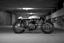 Motorcycles / by Merle Martin