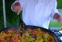 TRAITEUR PAELLA MONTREAL / La PAELLA à la Valencienne préparée par le Poêlon Gourmand TRAITEUR à MONTRÉAL, dans ses poêlons géants