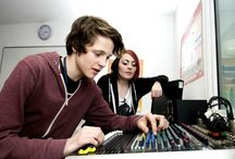 Music Courses / Our music courses will give you a sound understanding about music related subjects, techniques and industry knowledge. Develop the skills necessary for employment in the music and related creative industries.