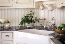 Kitchen / by Lynette Baron
