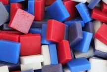 4th of July - Patriotic crafts / Any patriotic craft of Red, White & Blue.