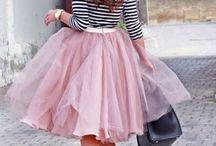 Szoknya-varázs :) / Ki ne szeretné ezt a könnyed, vidám és sokszínű ruhadarabot?  Nézd meg milyen szépek!