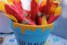 Winnie The Pooh Party Ideas / Shop for Great Ideas for that Special Winnie The Pooh Birthday!