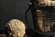 Cake Balls~Pops~Truffles / by Liz Metzger