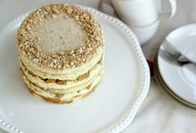 Amazing Layer Cakes / The best layer cakes you can find - recipes pinned here!