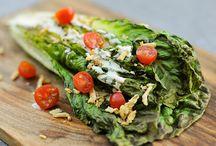 something good to EAT / by Corri Loan