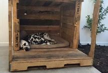 Pallet Palaces for dogs