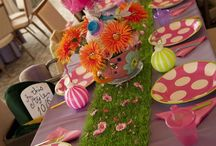 Alice In Wonderland - Party Themes / Throw the maddest of mad un-birthday parties with curiously quirky Alice In Wonderland Party inspiration! • Products: http://www.partyprintables.com.au