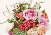 Florists / Showcasing how florists make use of beautiful flowers