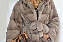 kurtki i płaszcze  z futra