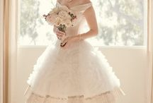 Short Wedding Dresses / Beautiful Bridal Dresses Featuring A Shorter Hemline