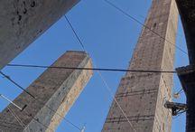 Bolonia / Bolonia, la ciudad universitaria de los porticos, las torres y los tortellini :-)