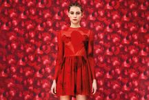 RED DRESS / RED DRESSES AND MANY OTHER ACCESSORIES
