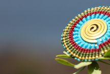rings - ANSAMARO.com / Der Ring ist eine wünderschöne Kombination aus gewachstem Baumwollband und Messing. www.ansamaro.com